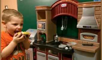 Pizz Kitchen