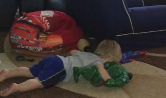Laying w Hulk