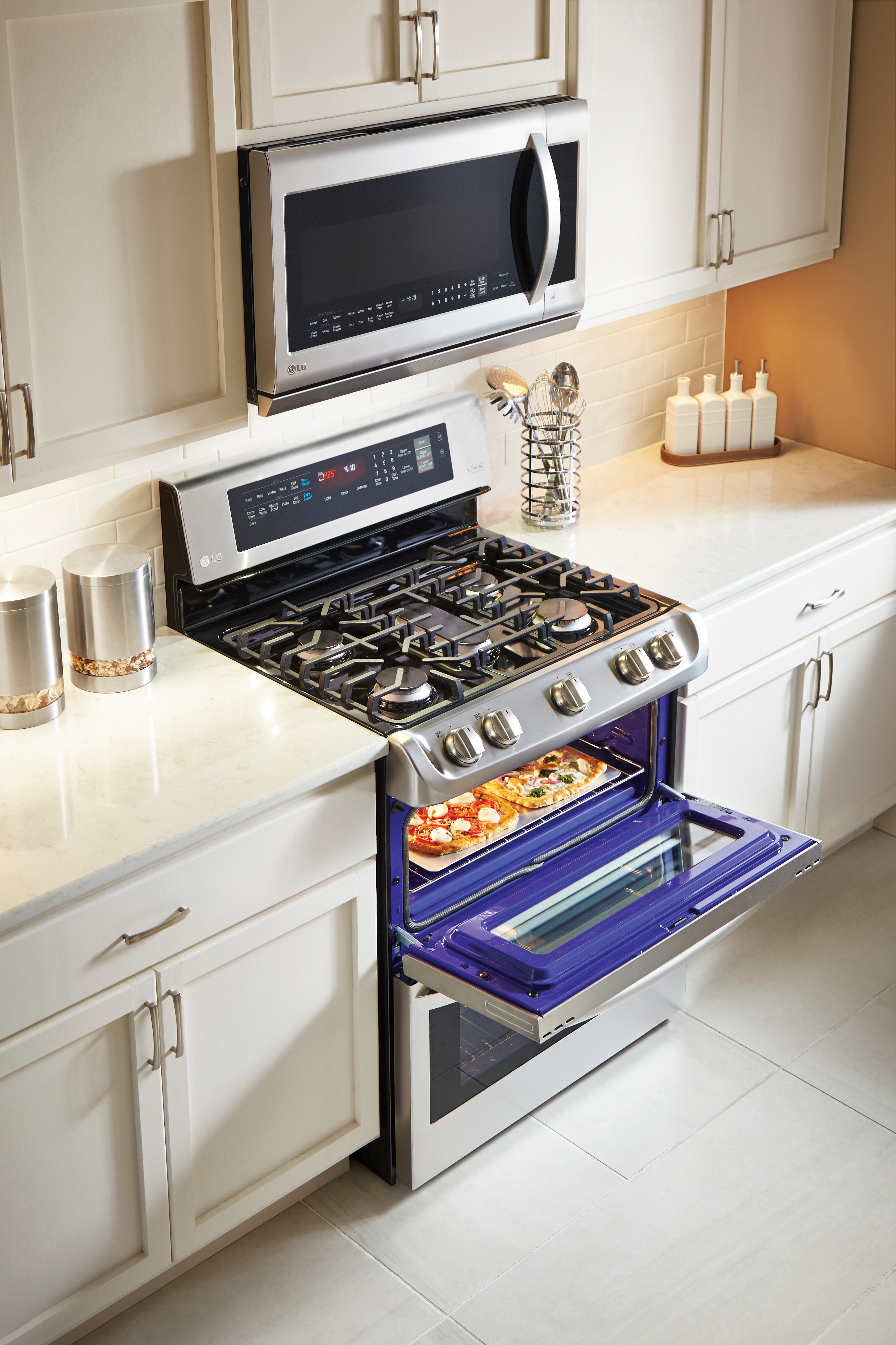Step Up Your Baking Game With The LG ProBake Double Oven From BestBuy