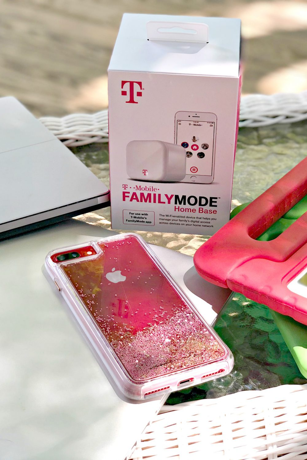 Develop Safe Screen Habits with T-Mobile FamilyMode