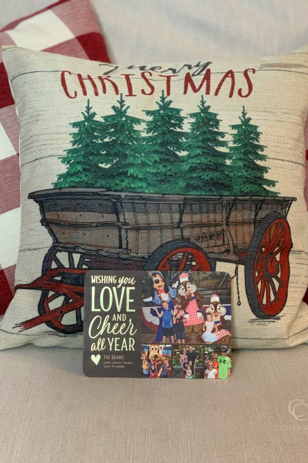 Connect to Family and Friends with Shutterfly Christmas Cards